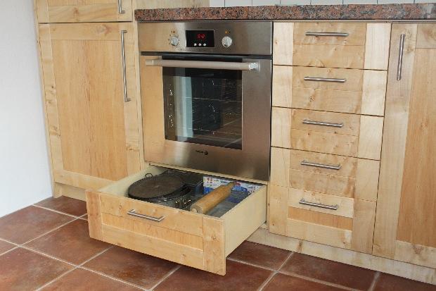 Kwaliteit in verbinding keuken in esdoorn for Ladenblok noten